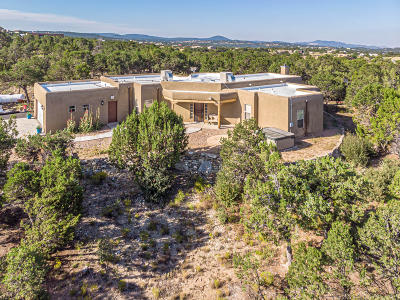 Tijeras, Cedar Crest, Sandia Park, Edgewood, Moriarty, Stanley Single Family Home For Sale: 18 Calle Vallecitos