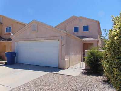 Los Lunas Single Family Home For Sale: 601 Little Wings Loop
