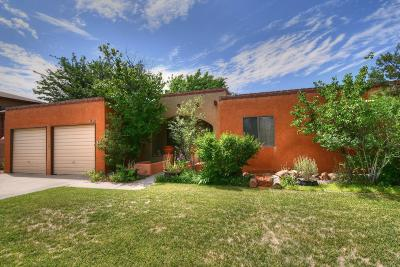 Single Family Home For Sale: 6963 Cherry Hills Loop