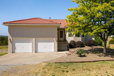 Tijeras, Cedar Crest, Sandia Park, Edgewood, Moriarty, Stanley Single Family Home For Sale: 2 Richland Court