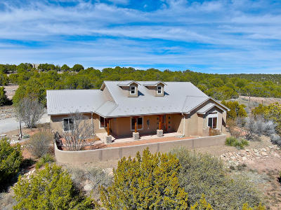 Tijeras Single Family Home For Sale: 7 Meadow Land Court