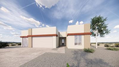 Rio Rancho Single Family Home For Sale: 1324 5th Street SE