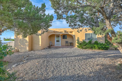 Sandia Park Single Family Home For Sale: 55 Pinon Heights Road