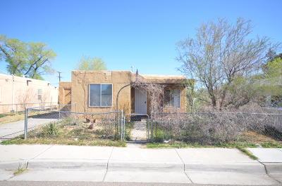 Albuquerque Single Family Home For Sale: 1009 Alta Monte Avenue NW