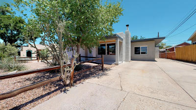 Albuquerque Single Family Home For Sale: 1810 Hermosa Drive NE