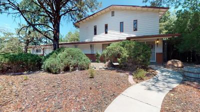 Bernalillo County Single Family Home For Sale: 5001 Sunningdale Avenue NE