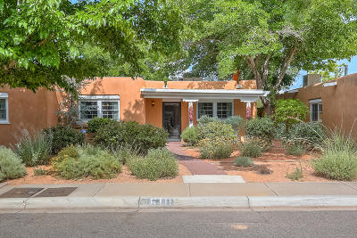 Albuquerque Single Family Home For Sale: 610 17th Street NW