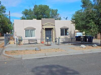 Albuquerque Multi Family Home For Sale: 215 Pine Street SE