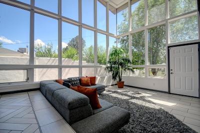 Bernalillo County Single Family Home For Sale: 1419 Cornell Drive NE