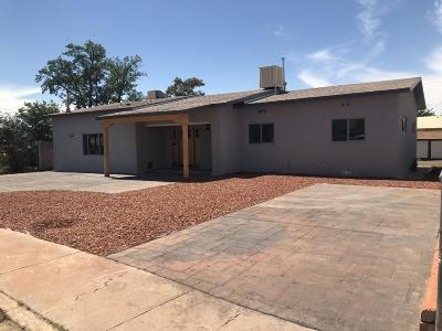 Bernalillo Single Family Home For Sale: 519 Rio Grande Drive