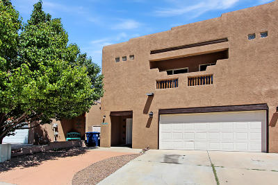 Albuquerque Attached For Sale: 5227 Sugarbear Court NW