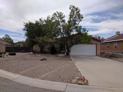 Valencia County Single Family Home For Sale: 35 Sheba Place