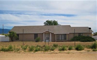 Valencia County Single Family Home For Sale: 55 Cereza Circle