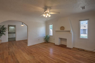 Bernalillo County Single Family Home For Sale: 315 Carlisle Boulevard NE