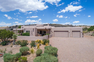 Placitas Single Family Home For Sale: 1 Cloud View Court