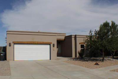 Rio Rancho Single Family Home For Sale: 516 Landing Court NE
