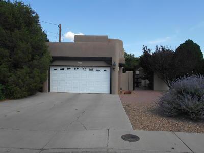 Los Lunas Single Family Home For Sale: 228 Sandoval Road SW