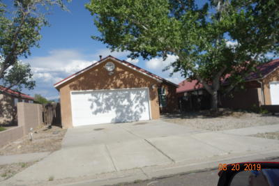 Albuquerque Single Family Home For Sale: 2312 Tompiro Drive NW