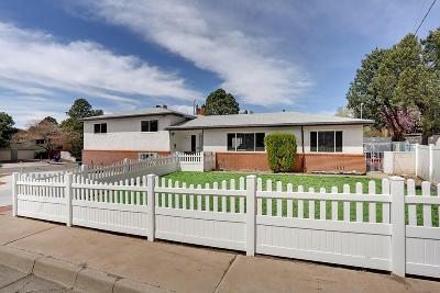 Single Family Home For Sale: 3525 Haines Avenue NE