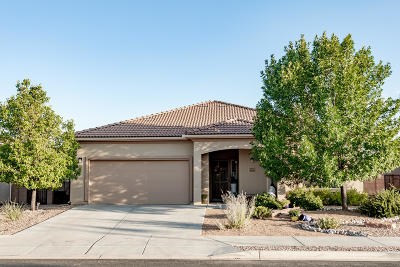 Bernalillo Single Family Home For Sale: 1006 Golden Yarrow Trail