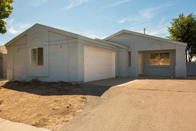 Rio Rancho Single Family Home For Sale: 848 Rebecca Court NE