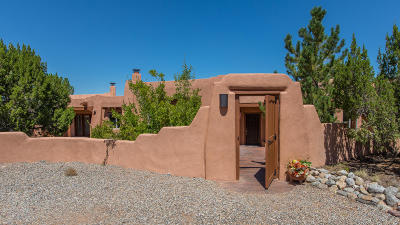 Placitas Single Family Home For Sale: 12 Cinco Circle Circle