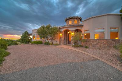 Single Family Home For Sale: 12111 Eagle Rock Avenue NE