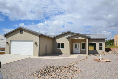 Rio Rancho Single Family Home For Sale: 2509 Monterrey Road NE