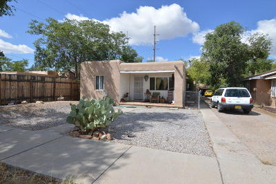 Albuquerque NM Multi Family Home For Sale: $225,000