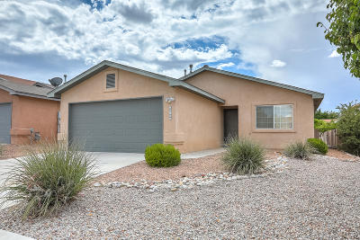 Albuquerque Single Family Home For Sale: 10501 Country Manor Place NW