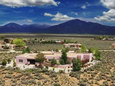 Taos County Single Family Home For Sale: #8 Jemez St.