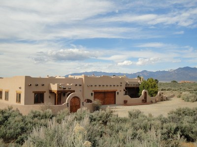 Taos County Single Family Home For Sale: 12 Golf Course Drive