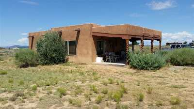 Taos Single Family Home Active/Under Contract: 28a Toda Vista North