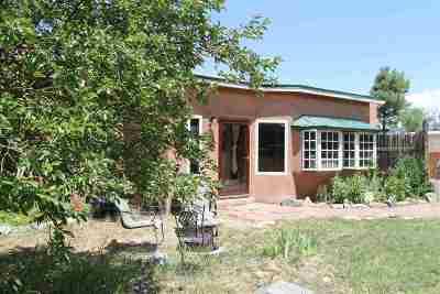 Taos Single Family Home Active/Under Contract: 728 Zuni