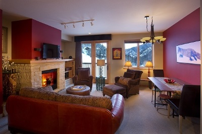 Taos County Condo For Sale: 106 Sutton Place