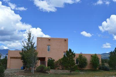 Taos Single Family Home For Sale: 413 Calle Cornelio