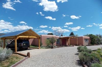 Single Family Home For Sale: 915 Calle Conquistador