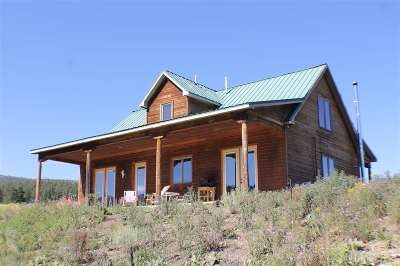 Taos County Single Family Home For Sale: 3 Cinquefoil Lane