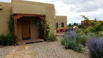 Taos Single Family Home For Sale: 14 Avenida Encantada