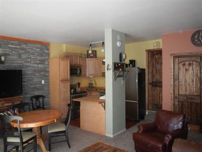 Taos County Condo For Sale: 13 Thunderbird Road