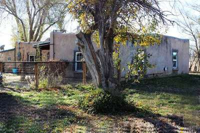 Taos Single Family Home Active/Under Contract: 724 Kit Carson Rd