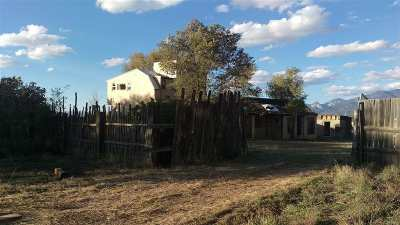 Taos Single Family Home For Sale: 317 Este Es Place