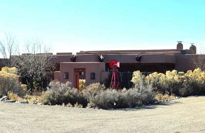 Taos County Single Family Home For Sale: 268 Blueberry Hill Road