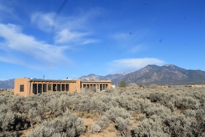 Taos County Multi Family Home Active/Under Contract: 1345 Mesa Vista Road