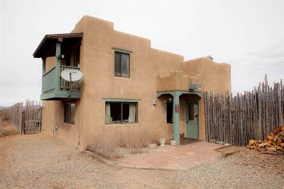 Taos Single Family Home Active/Under Contract: 221 Tune Dr