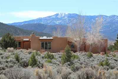 Taos Single Family Home Active/Under Contract: 1102 Hennings Street