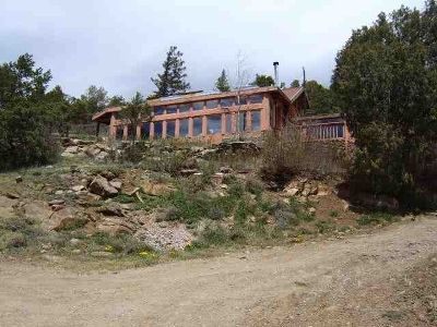 Taos County Single Family Home For Sale: 16 Sombra De Oso