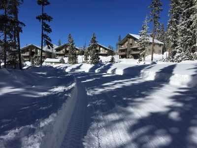 Taos County Condo For Sale: 304 Wheeler Peak Condominiums