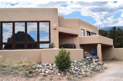 Arroyo Hondo NM Single Family Home Active-Price Changed: $475,000