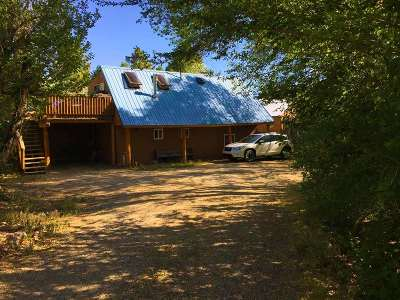 Taos County Multi Family Home For Sale: 32 Valerio Road